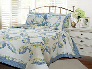 FRANCESCA-3pc-King-Quilt-Set-White-Blue-Yellow-Wedding-Ring-Paisley-Reversible