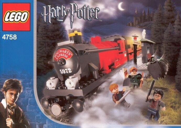 LEGO 4758 - HARRY POTTER Hogwarts Express  2nd Edition  - 2004 - NO BOX