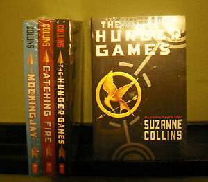 New-Hunger-Games-Trilogy-Paperback-The-Hunger-Games-Catching-Fire-Mocking-Jay