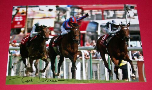 TED DURCAN LIGHT SHIFT HAND SIGNED 12X8 PHOTO 2007THE OAKS WINNER