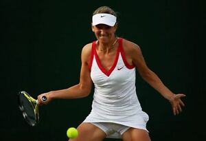 NIKE-CLASSIC-TENNIS-DRESS-WHITE-CHERRY-RED-TRIM-BUILTIN-BRA-XS-VICTORIA-AZARENKA