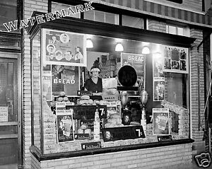 Photograph-Vintage-A-amp-P-Storefront-Dad-039-s-Bread-Mrs-Talley-1924-8x10
