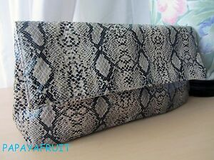 Estee-Lauder-Snakeskin-Pattern-Makeup-Cosmetic-Bag