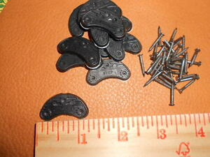 6 pair of #3 Urethane (plastic) Heel Plates self sticking and nails included
