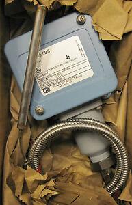 United-Electric-Controls-E105-5BS-Temperature-Control