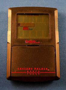 POKER CAESAR PALACE ELECTRONIC HANDHELD LCD GAME CASINO LAS VEGAS TIGER TRAVEL