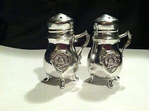 Salt And Pepper Dc vtg figural chrome look metal tea pot souvenir washington dc salt