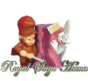 13872-WB-Looney-Tunes-Salt-Pepper-Shaker-Elmer-Fudd-Bugs-Bunny-Rabbit-Season