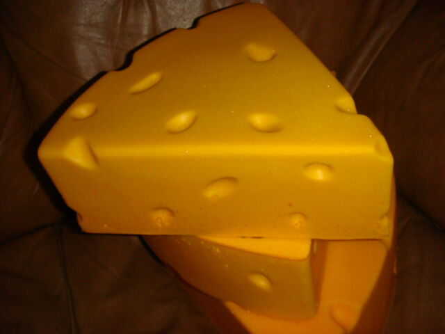 women cheesehead hat medium size 12' by 12' Packers Greenbay NFL football gift