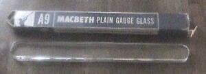 Macbeth Plain Gauge Glass A9 Orig Box