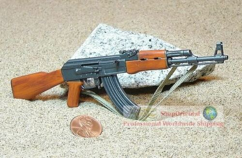 1:6 Scale Action Figure DRAGON RUSSIAN MACHINE GUN ASSAULT RIFLE AK47 AK-47