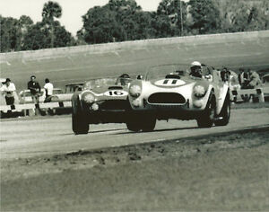 Vintage-8-X-10-Auto-Racing-Photo-1964-Daytona-Shelby-Cobras-Dan-Gurney
