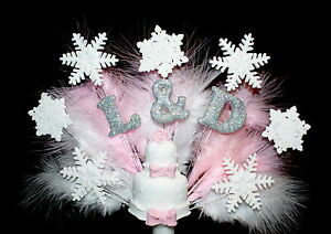 Christmas-Wedding-or-Engagment-Cake-Initials-and-Snowflake-Cake-Topper