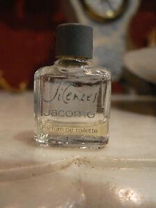 ancien echantillon de parfum miniature silences jacomo eau. Black Bedroom Furniture Sets. Home Design Ideas