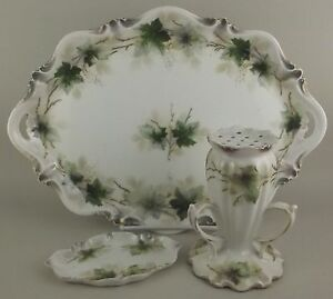 Antique-RS-Prussia-3-Pc-Vanity-Dresser-Set-Porcelain-Ivy-Tray-Hat-Pin-Powder-Jar