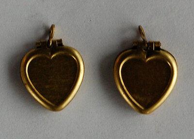 VINTAGE 2 SMALL HEART RAW BRASS AGED LOCKET PENDANT HEARTS LOCKETS BEADS 14mm