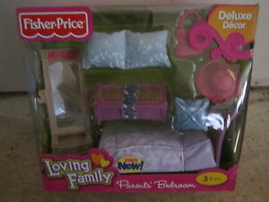 Fisher-Price-Loving-Family-Grand-Dollhouse-New-Parents-Bedroom-mirror-bed-pillow