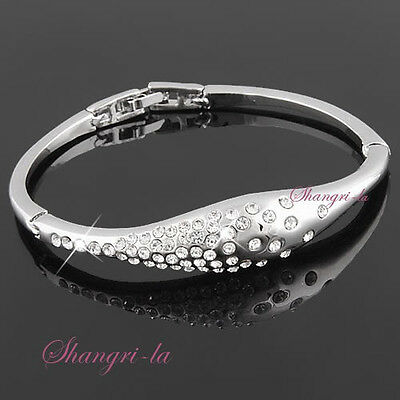 18K WHITE GOLD GP SILVER STAR  Womens BANGLE with SWAROVSKI CRYSTAL T118