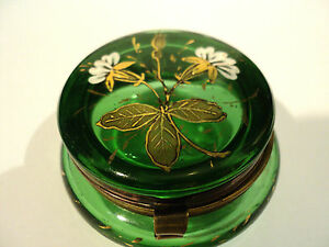 GREEN-VICTORIAN-ART-GLASS-PATCH-BOX-w-ENAMELED-FLORAL-TOP-GILT-DECORATION