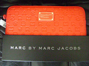 Marc-Jacobs-Laptop-13-034-Computer-Case-Sleeve-Shock-Red-Box-NWT