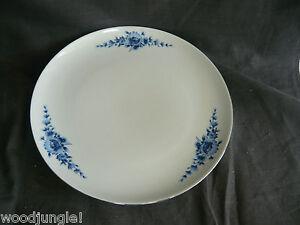 vintage eschenbach bavaria germany danish blue dinner plate flowers modern. Black Bedroom Furniture Sets. Home Design Ideas