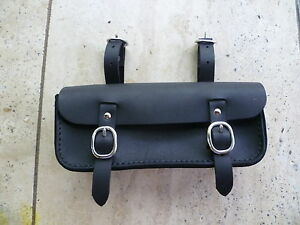 Old-vintage-retro-style-leather-bicycle-tool-bag-saddle-bag