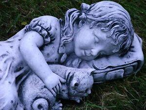 Steinfigur-Nr-193-Schlafende-Maedchen-mit-Katze-Grau-L-48-cm-ca-12-2-kg