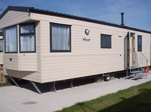 CHEAP-CARAVAN-HOLIDAY-TO-LET-HIRE-HOLIDAY-RESORT-UNITY-BREAN-SANDS-SOMERSET