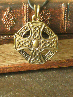 New! Medieval Renaissance Celtic Knight Lord Large Cross Medal Pendant Amulet