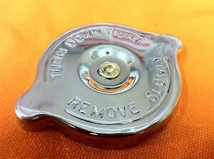 Triumph-STAINLESS-STEEL-Oil-Filler-Rocker-Cap-fits-many-models