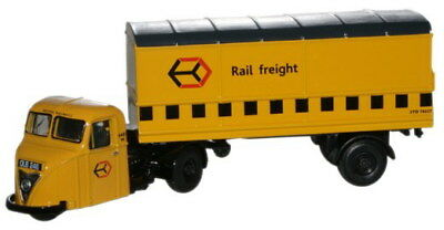Oxford 76RAB009 Scammel Scarab Railfreight Van Trailer 1/76 Scale New in Case