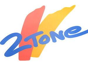 Nuovo-Originale-FIAT-SEICENTO-2-TONE-LATO-SINISTRO-ADESIVI-Logo-Stemma-1998-2004