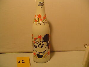 Walt-Disney-Poductions-Mickey-Mouse-Goofy-Donald-Duck-Clad-Covered-Bottle-Limit