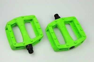 "New Wellgo Platform MBT BMX Bike Bicycle Pedal Pedals 9/16""- Neon Green"
