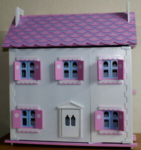 New-White-and-Pink-Wooden-Dolls-Doll-House-Furnitures