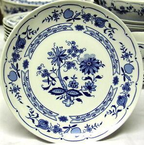 JLMENAU-Hennenberg-Echt-Kobalt-Dinner-Plates-c-mid-1970-039-s-excellent-condition