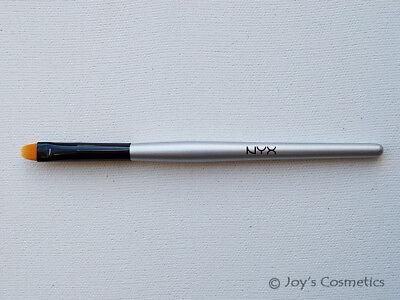 "1 NYX Professional Brush ""B23 - All Purpose"""