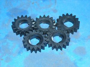 5-briggs-stratton-engine-starter-gears-part-280104S