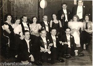 FOTOGRAFIA-nobilta-ungherese-anni-039-30-Budapest-ballo-croce-rossa