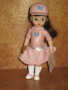 Madame-Alexander-Doll-McDonald-039-s-Team-Mates-Girl-Happy-Meal-Toy-2005-Baseball