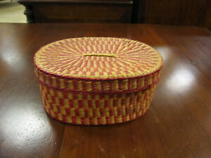 Lidded-Red-amp-Natural-Colored-Oval-Woven-Basket