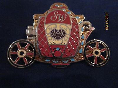 Disney Heroines Snow White Carriage Snow White Coach pin  LE 100