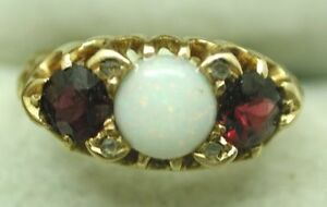 Superb-1906-Chester-Antique-18ct-Gold-Opal-and-Almandine-Garnet-Ring