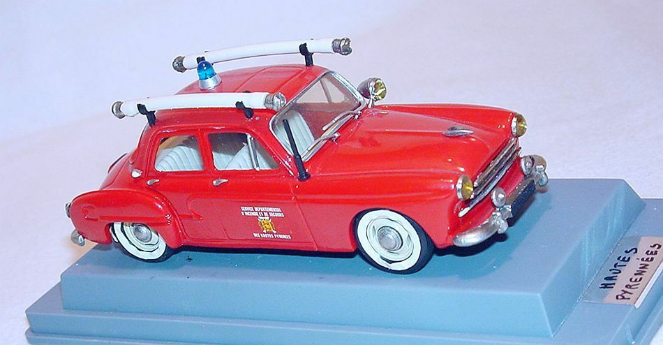 GAMA France 1 43 Renault FREGATE  53 Haute Pyrennées chef des pompiers voiture  7 Comme neuf in box RARE