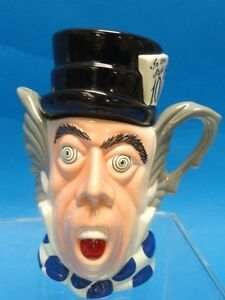 PAUL-CARDEW-MADHATTER-TEAPOT-4-5-034-MADE-IN-ENGLAND