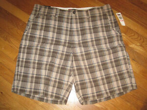 Chaps-Cotton-Plaid-Checkered-Flat-Front-Mens-Shorts-Size-40
