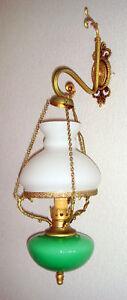 APPLIQUE-EN-OPALINE-VERT-ET-BLANC-LAMPE-LUSTRE-SUSPENSION-TYPE-1900-1