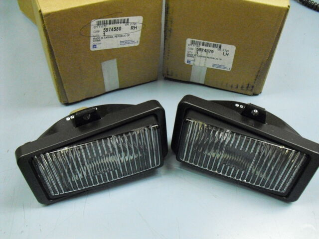 85 86 87 88- 92 Camaro Fog Lamp Light New GM Pair Z28 Iroc OEM Iroc 5974579 / 80
