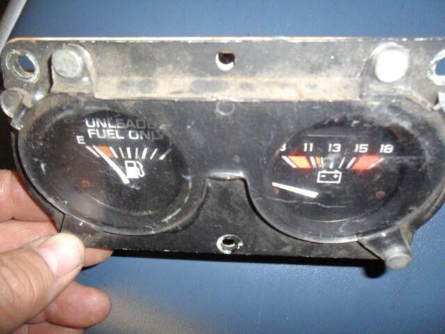81 FIREBIRD TRANS AM TA FUEL GAS & BATTERY VOLT GAUGE # 1 1981