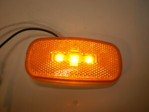 Jammy-Marker-Clearance-Light-LED-J-626-625-Amber-4x2-reflex-lens-Trailer-Camper